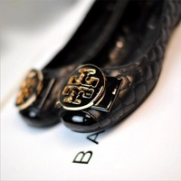 """Hot Sale """"Tory Burch"""" Summer Popular Women Casual Metal Round Buckle Bowknot Flat Single Shoes Black I12996-1"""