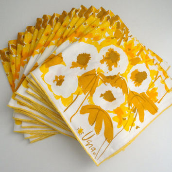 Fourteen Vera Neumann Linen Flower Napkins 1970s Flowers in Yellow and Gold and White // RARE