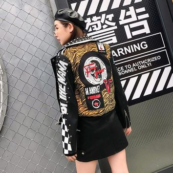 Trendy TREND-Setter 2018 Autumn Fashion Tiger Pattern PU Leather Jacket Women New Fashion Punk Slim Jacket Letter Pattern AT_94_13
