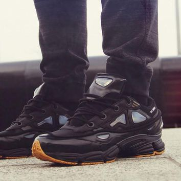 PEAPON Raf Simons x Adidas Consortium Ozweego 2 S81162 Black Women Men Casual Trending RuRaf Simons x Adidas Consortium Ozweego 2 S81162 Black Women Men Casual Trending Running Sports Shoes Sneakers 36-44 nning Sneakers