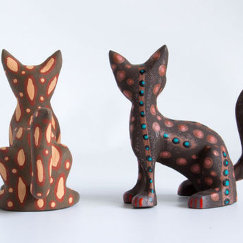 JOSE OLIVERA : Brown Cats