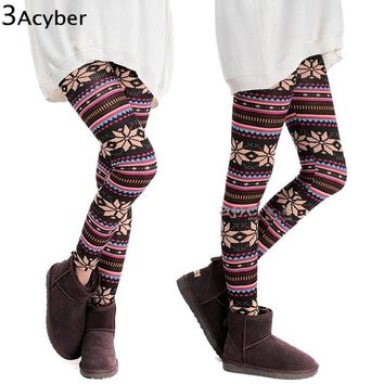 Winter Girl Warm Colorful Print Thick Cotton Blends Fitness Skinny Leggings 2018 HOT SEXY Women Snowflakes Leggings Plus Size u2