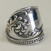 """Vintage """"Rustic"""" 1895 Towle Sterling Silver Spoon Ring"""