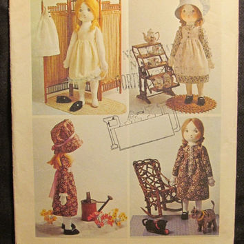 SALE Uncut 1970's Simplicity Sewing Pattern, 6006! Holly Hobbie Stuffed Doll Toy/Prairie Style/Girls Baby Dolls/Doll Clothing/Aprons/Dress/B