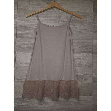 Full Dress Slip in Mocha