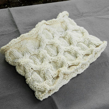 Warm hand knit bulky white infinity scarf winter womens cowl honeycomb irish knitting