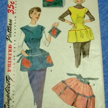 1950s Atomic Apron Cobbler & Half Apron Sewing Pattern Simplicity 4492 Medium Bust 34-36