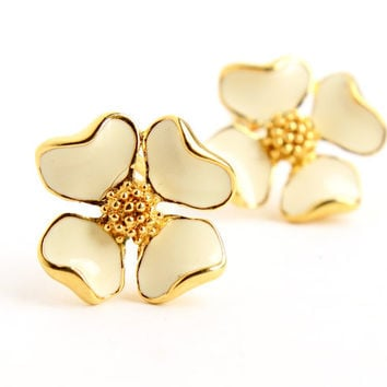 Vintage White Enamel Flower Clip On Earrings -  Mid Century 1960s Dogwood Costume Jewelry / Spring Whites