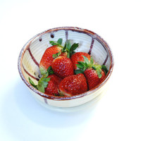 Berry Bowl,Pottery colander,summer berry bowl,red pottery bowl,ceramic colander,small clay colander,clay colander,small prep bowl,
