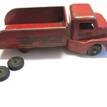 Structo Toy Truck Pressed Steel Towing Service