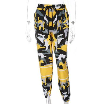2018 Spring Women Fashion Camo Pants Loose Streetwear Yellow Camouflage Pantalon Femme Pencil Pants Hip Hop Joggers Trousers