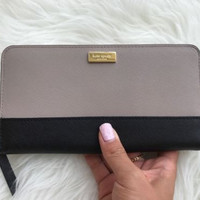 NWT Kate Spade New York Neda Laurel Way Mousfro/Black Zip Around Wallet Lacey