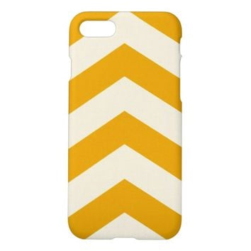 Amazing white and gold zigzag pattern iPhone 7 case