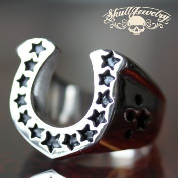 Big, Heavy & Bold Lucky Horseshoe Medallion Ring with Stars (528)