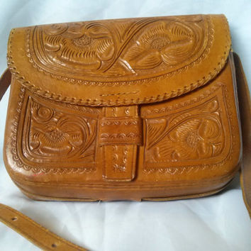 Vintage 70's Hand Tooled Leather Carrying Purse with adjustable strap