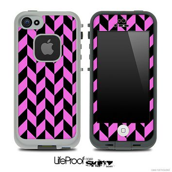 V5 Chevron Pattern Black and Hot Pink Skin for the iPhone 5 or 4/4s LifeProof Case
