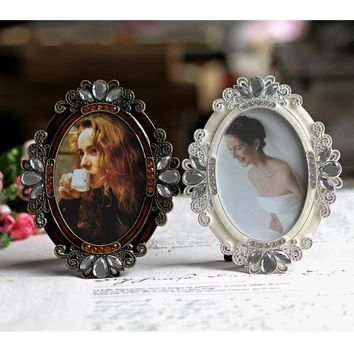 5 inch Oval Metal Picture Frames Best for Gifts to Your Lover, Family or Friends MPF080