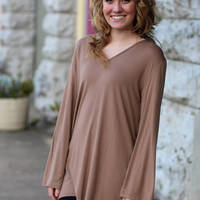 Loose, Long Sleeve V-neck Piko Top {Mocha}