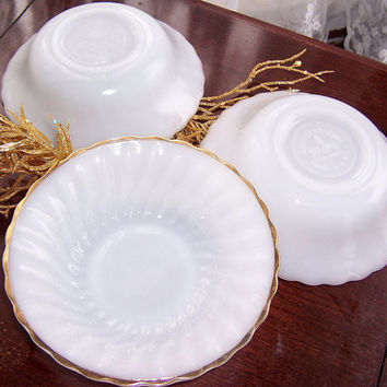 Anchor Hocking Dessert Salad Fruit Bowls (3) Milk Glass  with Gold Trim, Vintage Kitchen Gold Trimmed Milk Glass Ribbed Bowls
