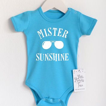 Beach Baby Onesuit. Turquoise Baby Bodysuit. Cute 0 - 3 Months Baby Onesuit. Baby Shower Gift. New Mom Present. Summer Vacation Apparel