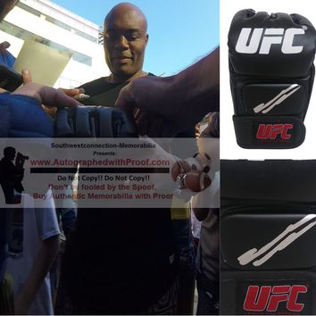 Anderson The Spider Silva Autographed UFC Ultimate Fighting Championship Glove, Proof Photo