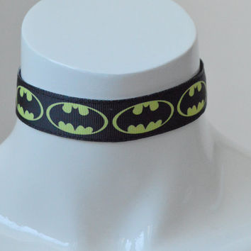 Batman - Geek choker - Kitten play bdsm proof simple collar - black and yellow - comics cosplay costume
