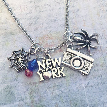 Spider Superhero Necklace, Superhero Jewelry, Fandom Jewelry, Fandom Necklace, Cosplay Jewelry, Avenger Jewelry