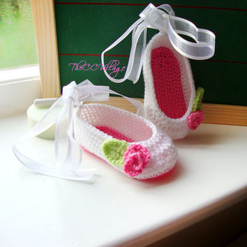 Crochet baby shoes, White with pink flower, Baby Girl Ballerina