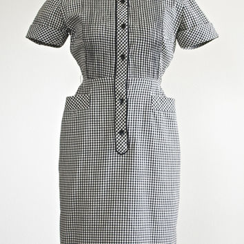 Book Club Dress ~ Vintage 1950s Shirtwaist Dress ~ Black And White Gingham Check 50s Shirt Dress