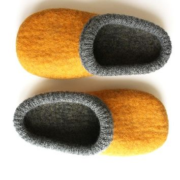 Ash ' curry Unisex felted wool slippers in men's size EU 44- 44,5