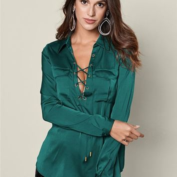 Pocket Front Lace Up in Dark Green | VENUS