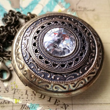 Mother's Day Gift, Brass Photo Locket, Ornate Locket, Fantasy Filigree Necklace