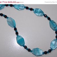 33%OFF Turquoise Zebra Shell Necklace