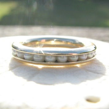 Vintage Pearl Eternity Ring, Pearl Circlet in Solid 14K Gold, Classic Design, Well Made, 3.55 grams