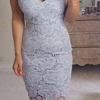 Gray Lace Sweetheart Close-Fitting Homecoming Dress