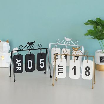 Iron character DIY Digital & alphabet hanging plate calendar, bird decorated home decoration office desktop display