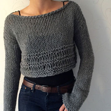 Knit sweater  Knit crop top Cropped wool sweater Winter trends Grey womens top  Crop fashion Cozy winter top Warm boho Wool sweater