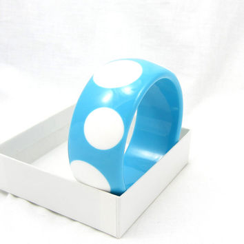 Blue White Spot Lucite Bangle Bracelet Chunky Thick Plastic Vintage Estate Costume Jewelry Runway Summer Spring Fashion Accessory