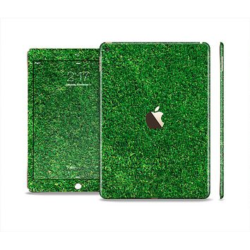 The GreenTurf Skin Set for the Apple iPad Air 2