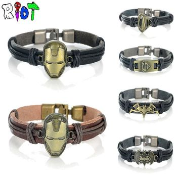 Batman Dark Knight gift Christmas 10 Types Leather Bracelets Classic Marvel DC Movie Series Iron Man Batman Superman Punk PU Retro Hand Made Bangle Fans Jewelry AT_71_6