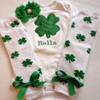 Baby girl St. Patricks Day Outfit - newborn st patricks day outfit - clover outfit - personalized baby girl outfit - clover leg warmers