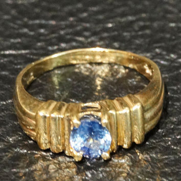 Vintage Ceylon Sapphire Ring 14K Yellow Gold Engagement