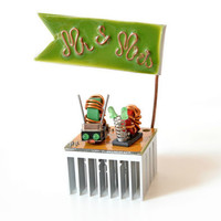 wedding cake topper - Mr and Mrs, Snail couple, recycled wedding decoration, anniversary, unique gift, green, copper, rustic colors, autumn