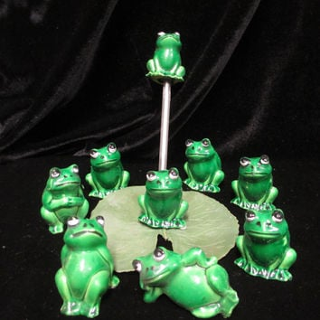 Vintage Green Frogs Miniature Figurines Hong Kong Minis Lot of 9 Terrarium Diorama Hard Plastic Fairy Garden