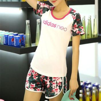 ONETOW Adidas Neo' Women Casual Letter Multicolor Floral Print Short Sleeve Shorts Set Two-Piece Sportswear