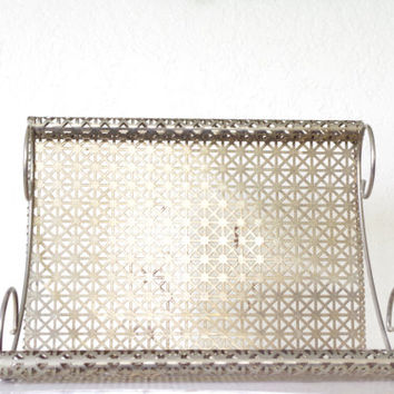 vintage metal shelf / wall hanging shelf / metal bathroom shelf / decorative plant shelf / geometric metal shelf / vintage silver rack