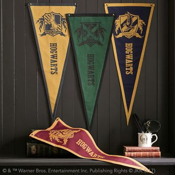 HARRY POTTER™ Pennant, Gryffindor