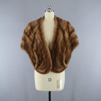 Vintage 1940s Fur Stole / 1950s Fur Shawl Wrap / Tan Light Brown / Winter Wedding / Famous Barr / Mid-Century Mad Men