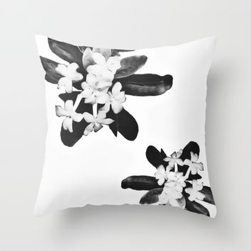 B&W Floral Print Throw Pillow by Laurenrfphoto | Society6
