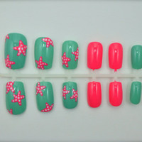 "Artificial Nails - ""Starfish Splash"" - Mint & Coral, Hand Painted, Glue-on Fake Nails"